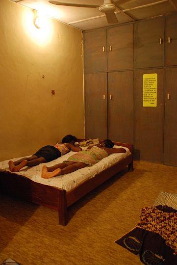 2009年12月4日 イフェ、モダケケ地区の下宿にて