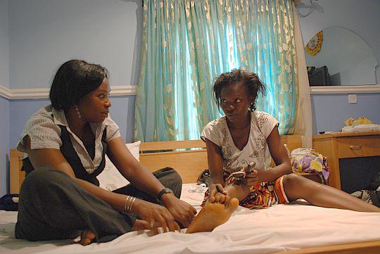 2009年7月2日 アブジャ ウセのアミナの家にて